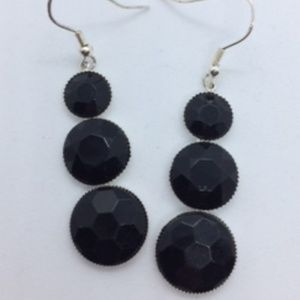 2/15 New Ebony Spheres Surrounded By Gold Earrings